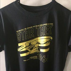 Tops - Women t-Shirt